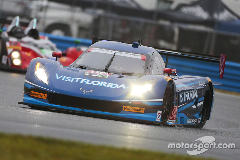 Марк Госсенс, Райан Дил и Райан Хантер-Рей, #90 VisitFlorida.com Racing Corvette DP