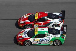 #2 Ferrari of Houston Ferrari 458: Ricardo Perez, #7 Ferrari of Beverly Hills Ferrari 458: Martin Fuentes