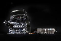 Mercedes AMG F1 W07, мотор Mercedes-Benz PU106B