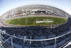 Atmosphere in Daytona