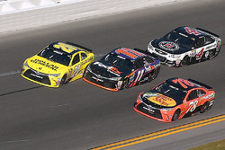Matt Kenseth, Joe Gibbs Racing Toyota; Denny Hamlin, Joe Gibbs Racing Toyota; Martin Truex Jr., Furniture Row Racing Toyota