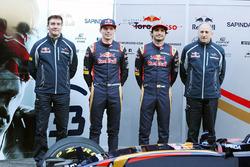 James Key, Scuderia Toro Rosso Technical Director met Max Verstappen, Scuderia Toro Rosso, Carlos Sainz Jr., Scuderia Toro Rosso en Franz Tost, Scuderia Toro Rosso Team Principal