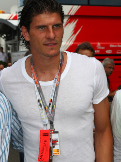 Mario Gomez, Ffb Stuttgart, Football Player