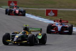 Alvaro Parente leads Bruno Senna