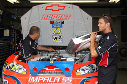 Dupont Chevy crew members at work