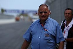 Pat Behar, FIA, Photographers Delegate