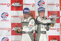 GT300 podium: class winners Kazuki Hoshino and Hironobu Yasuda