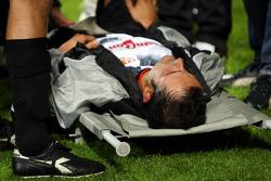Charity Football Match, Nazionali Piloti vs All Stars Team: Vitantonio Liuzzi, Test Driver, Force India F1 Team injured