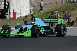 Ryan Hunter-Reay drifting in turn 2