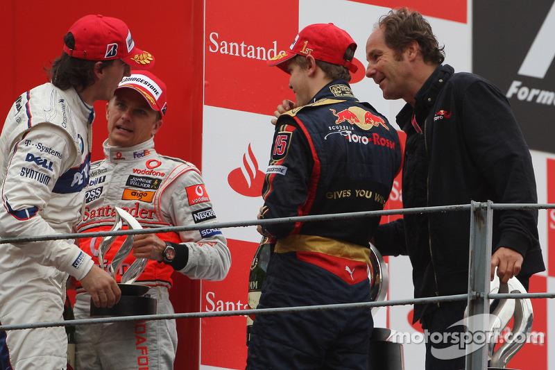 2008. Подіум: 1. Себастьян Феттель, Toro Rosso - Ferrari. 2. Хейккі Ковалайнен, McLaren-Mercedes. 3. Роберт Кубіца, BMW Sauber