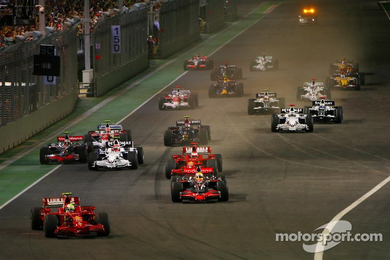 Start: Felipe Massa, Scuderia Ferrari, F2008, führt