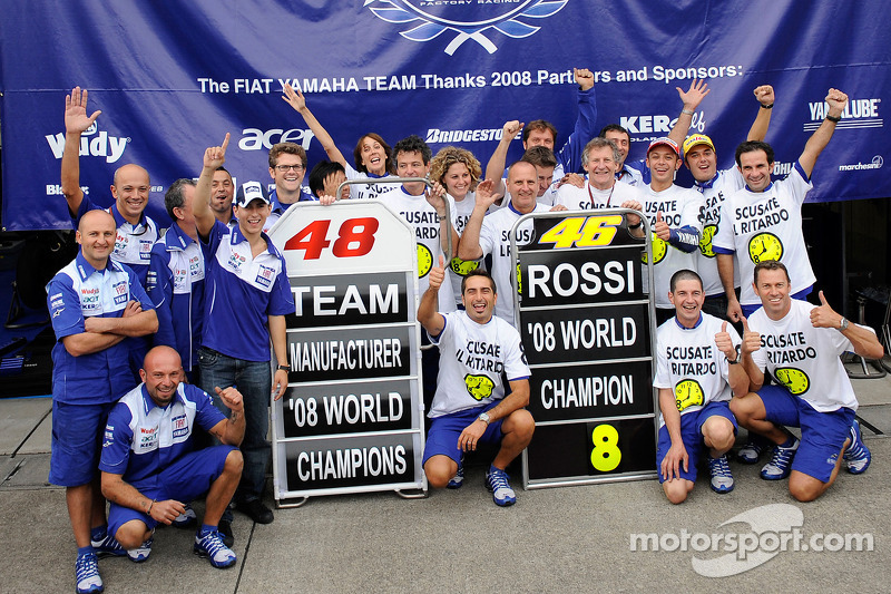 Yamaha merayakan gelar pembalap dan konstruktor musim 2008