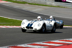 #33 Andrew Baber, and Mark Davis, Lister-Jaguar Knobbly; #11 Chris Phillips, and Richard Hall, Lola MkI Prototype
