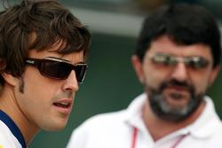 Fernando Alonso, Renault F1 Team, Luis Garcia Abad, Manager of Fernando Alonso