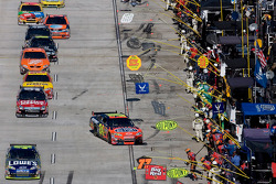 Jimmie Johnson and Jeff Gordon lead the field on pit road