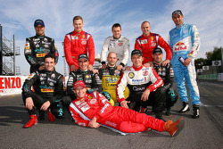 Photoshoot with the 11 FIA-GT champions who race at Zolder