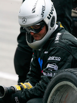 Mercedes mechanic during a pitstop