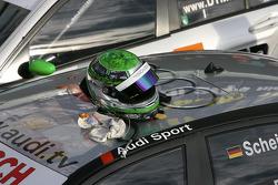 Helmet of Timo Scheider