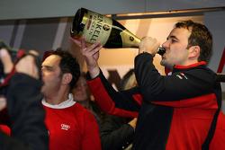 Championship celebration party in the Audi Sport Team pitbox: Thomas Biermeier