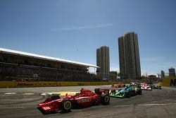 Race start: Dario Franchitti (Target Chip Ganassi Racing)