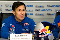 Team Kamaz Master departure press conference at the Moscow airport: Firdaus Kabirov