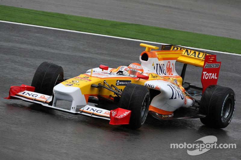 2009: 雷诺 R29 赛车