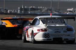 #88 Farnbacher Loles Racing Porsche GT3: Steve Johnson, Dave Lacey, Robert Nearn, James Sofronas, Richard Westbrook
