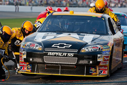 Pit stop for Jeff Burton, Richard Childress Racing Chevrolet