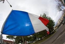 Franse vlag in hartje Sebring