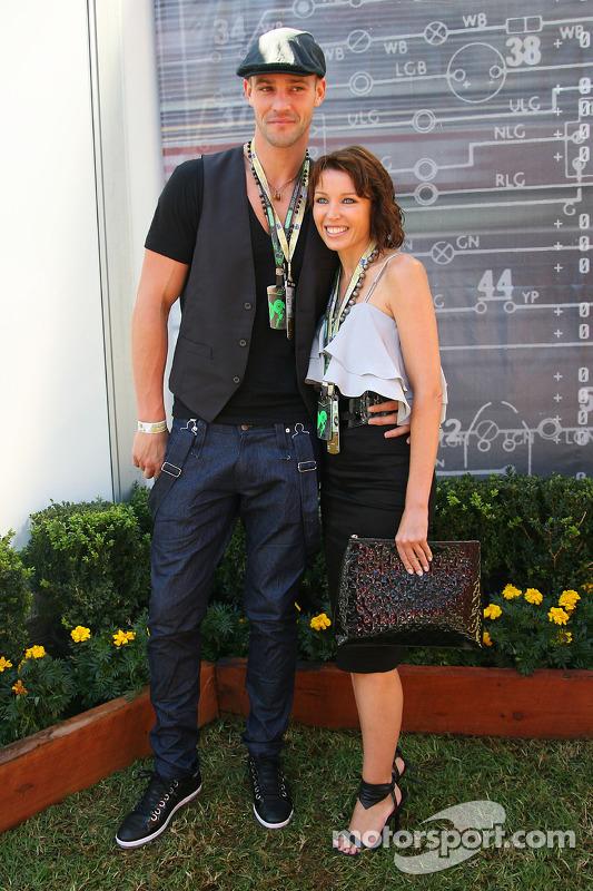Danni Minogue, Sängerin, mit ihrem Freund