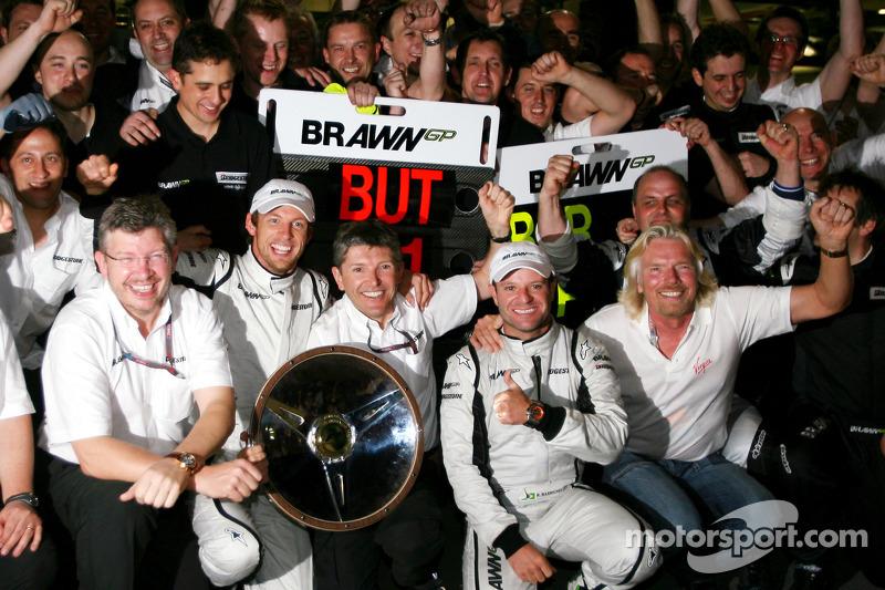 Ross Brawn Team Principal, Brawn GP, Jenson Button, Brawn GP, Nick Fry, Brawn GP, Chief Executive Of