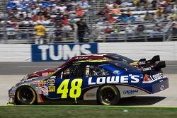 Jimmie Johnson, Hendrick Motorsports Chevrolet, Clint Bowyer, Richard Childress Racing Chevrolet