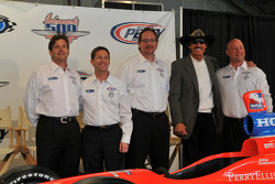 Robbie Buhl, John Andretti, Dennis Reinbold, Richard Petty, and Todd Whitworth during the unveiling
