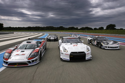 GT1 cars on-track photoshoot