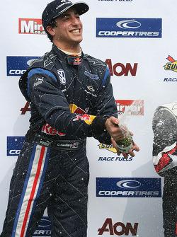 Podium: race winner Daniel Ricciardo