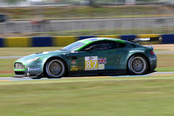 #87 Drayson Racing Aston Martin Vantage GT2: Paul Drayson, Jonny Cocker