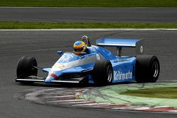 #32 Terry Sayles (GB) Osella FA1-D, JRT Belgium (1982)