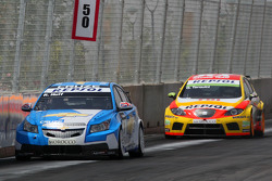 Robert Huff, Chevrolet, Chevrolet Cruze and Gabriele Tarquini, Seat Sport, Seat Leon 2.0 TDI