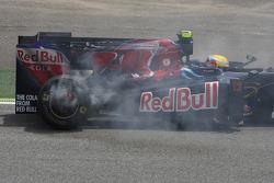 Sebastien Buemi, Scuderia Toro Rosso stops on the circuit and his brakes catch fire
