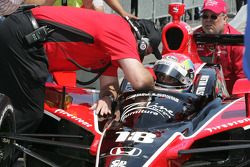 Justin Wilson, Dale Coyne Racing receives instructions from Brian Barnhart, Director of Competition, Indy Racing League