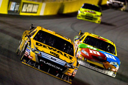 Matt Kenseth, Roush Fenway Racing Ford, Kyle Busch, Joe Gibbs Racing Toyota