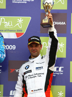3rd, Jorg Muller,  BMW Team Germany, BMW 320si