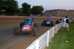 Dave Darland pourchasse Jerry Coons Jr.