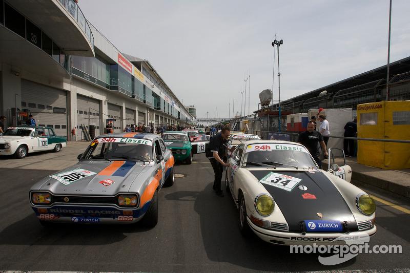 #106 Ford Escort MK1: Jürgen Schaum, Hans-Jürgen Will and #34 Porsche 911: Siegfried Lapawa, Michael Roock