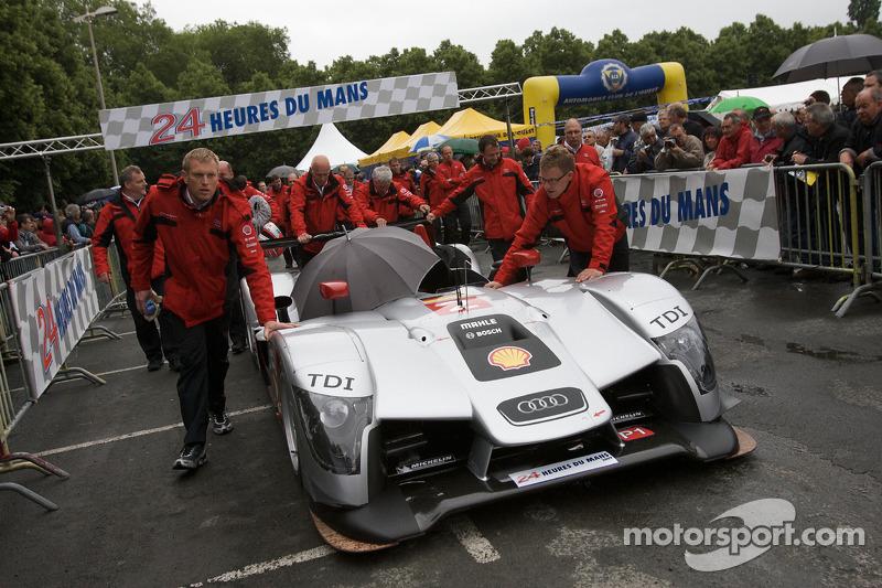 #2 Audi Sport Team Joest Audi R15 TDI pushed out of scrutineering area
