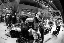 Pit stop for #39 KSM Lola Mazda Spider: Hideki Noda, Matthew Marsh, Jean de Pourtales