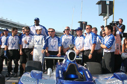 Grand Marshal Shaquille O'Neal and the Luczo Dragon Racing Team