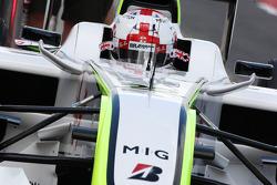 Jenson Button, Brawn GP, avec un nouveau casque