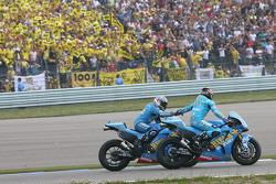 Loris Capirossi, Rizla Suzuki MotoGP and Chris Vermeulen, Rizla Suzuki MotoGP