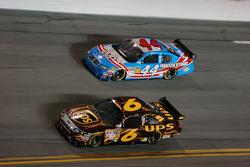 David Ragan, Roush Fenway Racing Ford, A.J. Allmendinger, Richard Petty Motorsports Dodge
